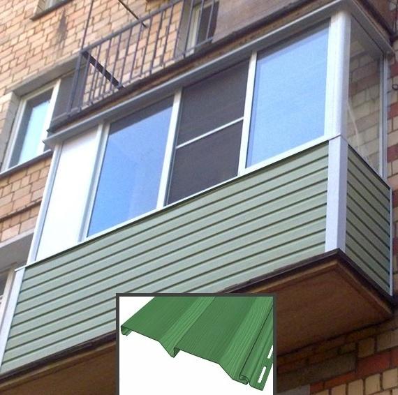 Балкон отделан сайдингом